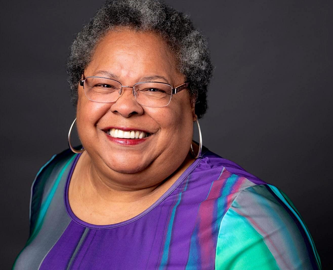 Roslyn Johnson Smith